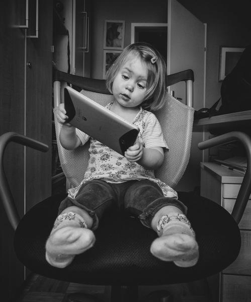 園児の2割がタブレット使用、それは望ましいことなのか?